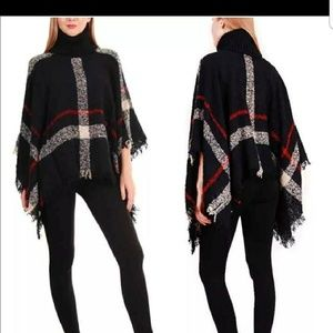 Black, red & white poncho, NWOT💄🌼🎉💟🌹🌹